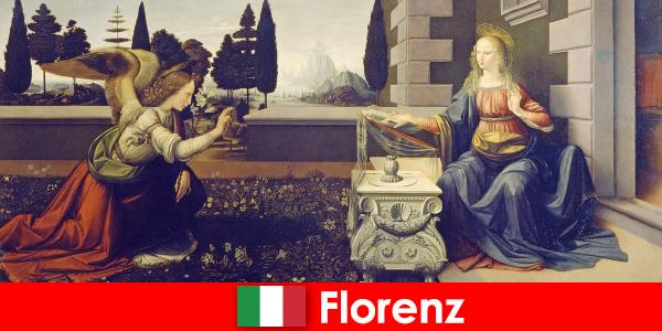 観光客は視覚芸術のためのフィレンツェの文化的意義を知っている
