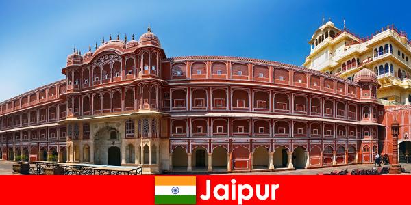最も特別な建築はジャイプールに多くのホリデーメーカーを引き付けます