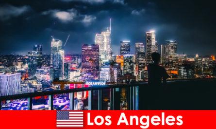 初めての訪問者のために考慮すべきロサンゼルスへの旅行
