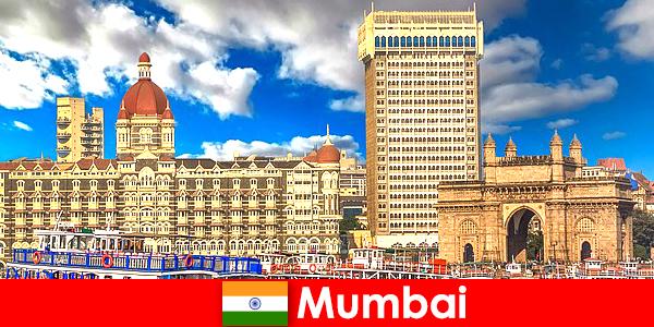 ムンバイは、経済と観光のためのインドの重要な大都市