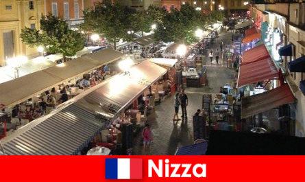 ニースは、外国人のための居心地の良いレストランやよく出席ナイトライフを提供しています