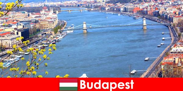 ハンガリーのブダペストは、入浴とウェルネスの休日のための人気の旅行のヒント