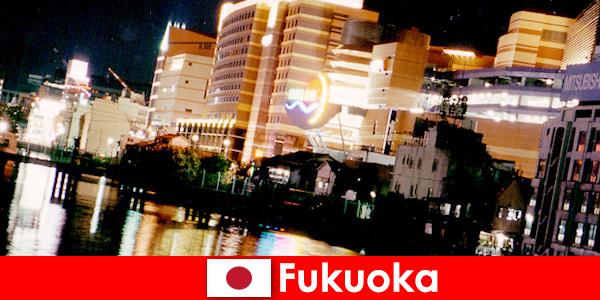 福岡の多数のナイトクラブ、ナイトクラブやレストランは、ホリデーメーカーのためのトップの出会いの場です