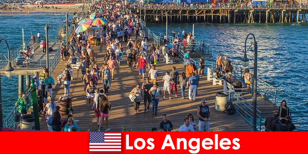 ロサンゼルスのトップボートツアーや乗り物のためのプロの観光ガイド
