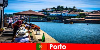 ポルトポルトガルの港で偉大な魚のレストランへの短い休憩のための目的地